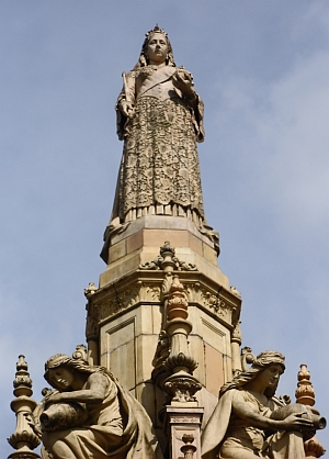 Doulton Fountain - Queen Victoria